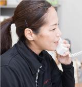 電話対応の様子